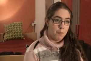 Intervju med 18-åriga Maria, som levt KP sedan hon var 4 år